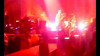 Foo Fighters-Let It Die-Live