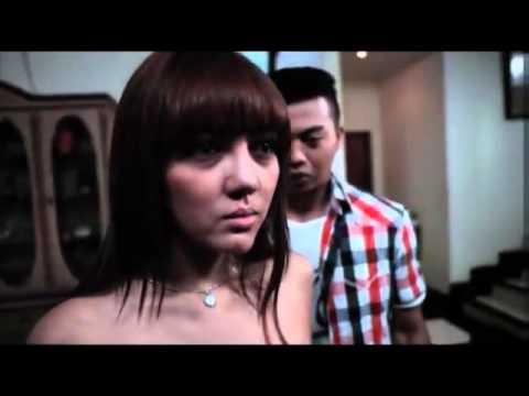 Download Video Kompilasi Adegan Hot Bella Shofie Di Film Rumah Pondok Indah HD