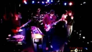 Kasabian - Club Foot - live on Fearless Music