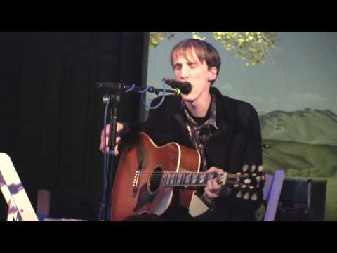 atlas-sound-walkabout-live-at-the-natural-history-museum-in-los-angeles-01-08-10-worldofconcerts