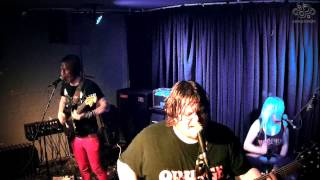 Bear Makes Ninja - Fruit Can't Fly (live at The Facemelter, October 2014)