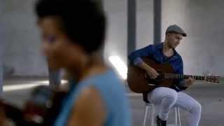 Luiz Caracol e Sara Tavares - Tava na tua