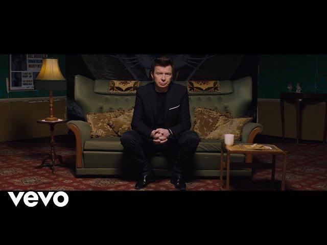 "Vídeo oficial de ""Walk Like A Panther"" de Rick Astley"