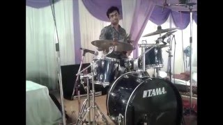 Nikhil Panhalkar - Live percussion With Dj's.