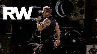 Robbie Williams | We Will Rock You / I Love Rock 'n' Roll | LMEY Tour 2015
