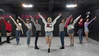 MOMOLAND (모모랜드) - 뿜뿜(BBoom BBoom) Dance Practice (Mirrored) width=