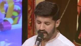 Vijay yesudas singing malare live
