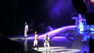 """No Doubt Live 2009 Concert Tour """"A simple kind of life"""""""