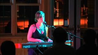 Keri Noble - Bartender