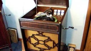 Viva-tonal phonograph - My Kinda Love (One Way to Paradise) Parlophone R-374