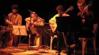 Trio Mbaraká - Manhã de Carnaval (Luiz Bonfá)