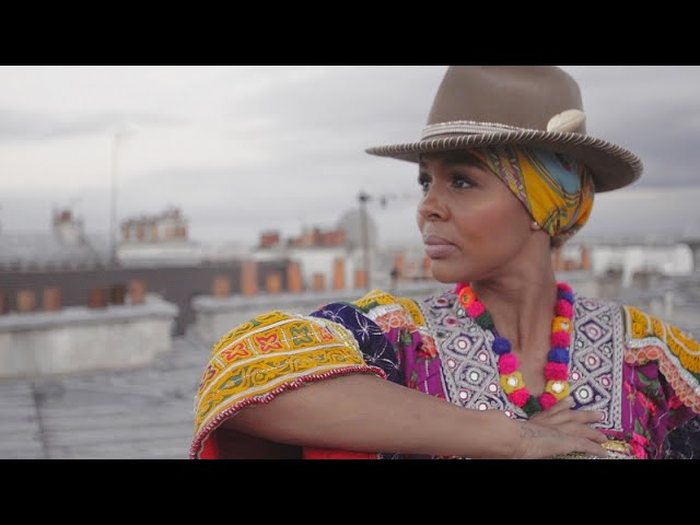 Videoclip de Ayo - Paname