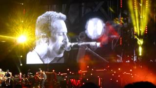 "Coldplay - ""Life on Mars"" (David Bowie Cover) - Levi's Stadium, Santa Clara (09-03-16)"