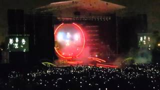 "Queen and Adam Lambert in Chile, amazing Bohemian Rhapsody ""wave"""