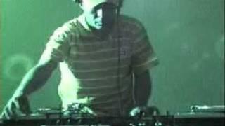 Dj David Rodrigues - mixing e scratching