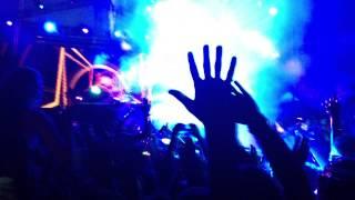 Hardwell LIVE drops I Could Be The One (Avicii vs Nicky Romero) @Papaya [Croatia] 31-06-2013