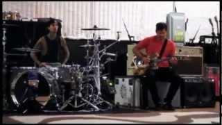blink-182 - Kaleidoscope Music Video