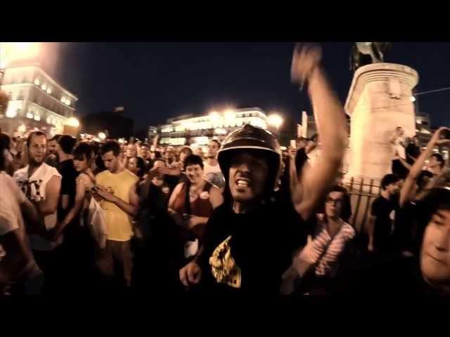 """Videoclip oficial de la canción """"El Miedo Va a Cambiar de Bando"""" de Riot Propaganda."""