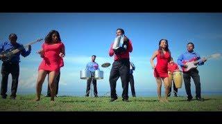 Borro Cassette (Video Oficial) - Los Internacionales 7 Cumbiamberos Del Mar Azul de Lido Baños