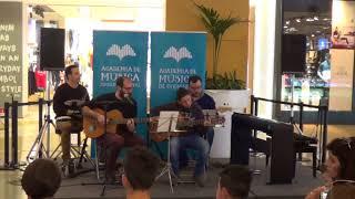 Duarte Seabra Guitarra Prof José Rebola Avião de Papel Carolina Deslandes Alma Shopping 14 Abr 201