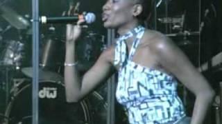 Harmony House Singers - Everywhere I Go (Live)