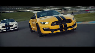 Ford 2018 Mustang Shelby GT350 racing (Nice Sound)