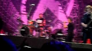 Xutos & Pontapés - O Mundo ao Contrário (optimus alive 2011)