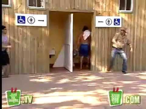 Download Video Salah Masuk Toilet....Wowwwwwwwww