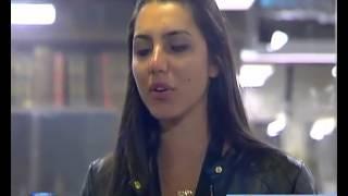 Kelly canta o hino nacional Big Brother Vip