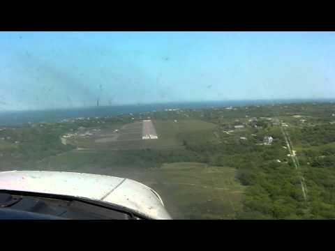 Landing Block Island KBID RNW 10