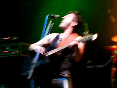 steelheart-acoustic-ill-never-let-you-go-live-mesa8699