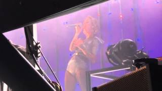 Jennifer Rostock - Wrecking Ball (Miley Cyrus Cover) live in München am 31.01.14 !