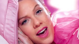 """Pink DANCES With Channing Tatum In Hilarious """"Beautiful Trauma"""" Music Video"""