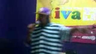 Flash enccy ft Idoneo! Na Radio um bom Freestyle