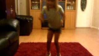 Little Girl dances off excess energy