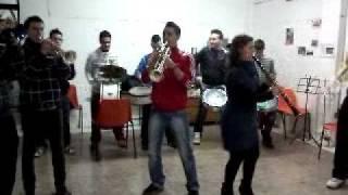Charanga los 4 gatos (bailen), el baile del gorila.3gp