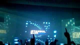 Robin Schulz - Sun Goes Down feat. Jasmine Thompson live garaj istanbul