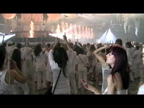 Sensation White Kiev 08.05.2011 End – Gabriel & Dresden