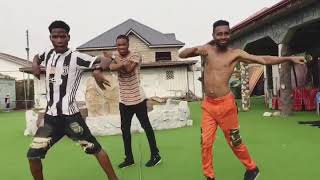 Awesome shakushaku dance in Africa ...song by Danny s - #EGE