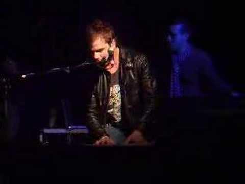 ross-copperman-live-get-by-islington-jan-07-ginakela