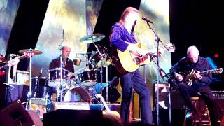 """Carefree Highway"" - Gordon Lightfoot (Live)"