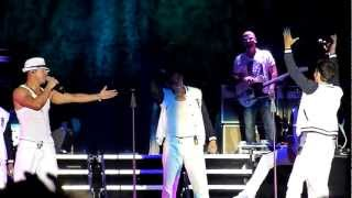 New Kids on the Block - Jonathan singing to Donnie 08-17-12 Hershey, PA