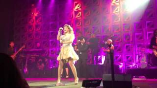 Gloria Trevi -Todos Me Miran- BMI Awards 2016