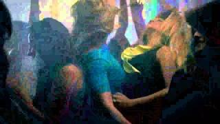 Toda Toda -Lucas Lucco Feat. MC Pikeno e Menor ( Clipe Oficial )