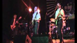 The Pisstons Live - Dig Your Grave.Flv