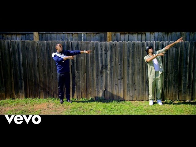Videoclip de 'Grass Is Always Greener', de Ludacris.