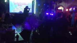 Eddie'O Sanchez Feat Guillermo Guitron Personificador Paquita en el Plaza Garcia Rata de dos patas !