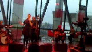 "Mayra Andrade singing ""Kouha Ki Beu Ki Ta Bai"" from her album Studio 105"