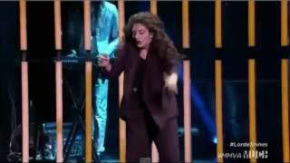 Znana wokalistka Lorde odwiedza klub Ekwador (Manieczki) [GRUBO]