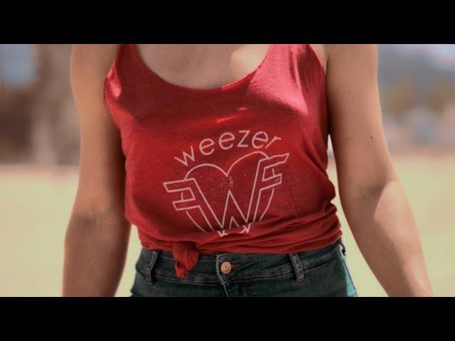 Videoclip oficial de 'Mexican Fender', de Weezer.